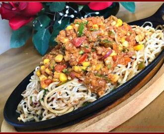 Thai Noodle Sizzler Chaat