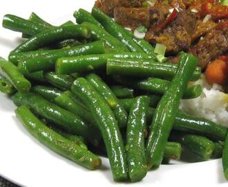 Indonesian Green Beans with Ginger & Chili