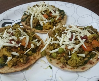 Stir fried vegetables on Whole wheat Pizza base