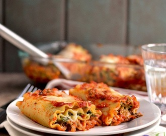 Spinach Artichoke Lasagna Rolls and Chocolate Risotto.... and a GIVEAWAY!