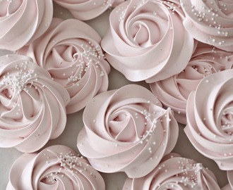 Meringue Rose Cookies