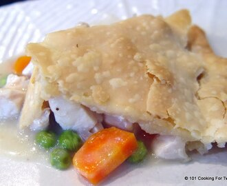 Simple Old Fashion Chicken Pot Pie
