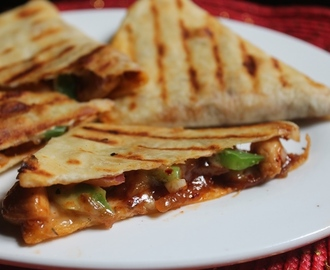 Chicken Quesadilla Recipe - Chicken & Cheese Quesadilla Recipe