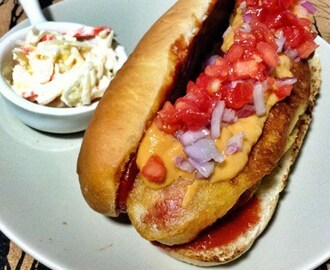 Hot Dog con guacamole rojo