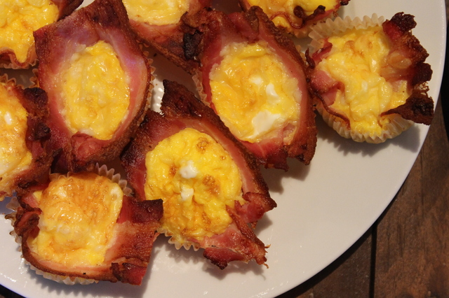 BACON & EGGE-MUFFINS