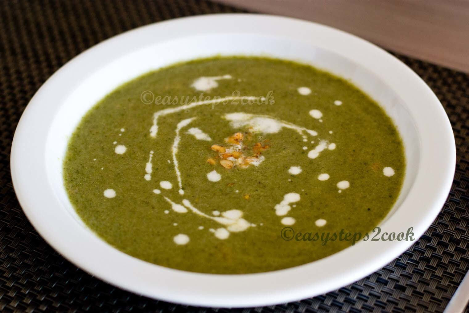 Crunchy Broccoli Soup