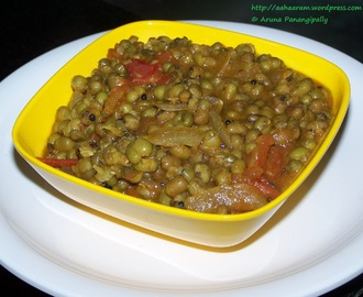Moong Bhaji (Green Gram Curry/Pesalu Koora)