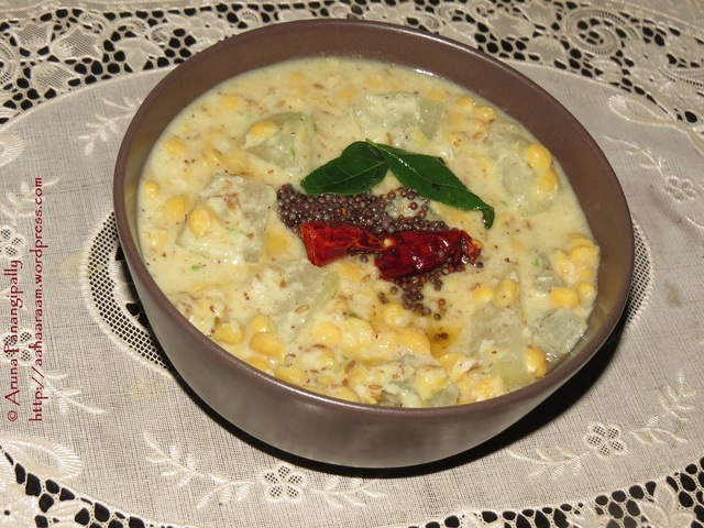 Poosanikai Kootu (White Pumpkin or Ash Gourd with Bengal Gram in a Coconut Gravy)