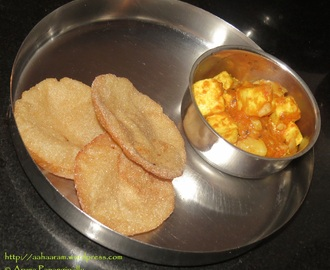 Shinghare ki Puri (Deep Fried Flat Bread with Water Chestnut Flour)