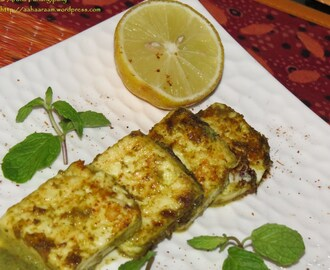 Hariyali Paneer Tikka – Grilled Cottage Cheese Marinated in Coriander, Mint, and Yoghurt