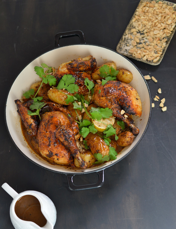Massaman roast chicken / Frango assado com caril Massaman.