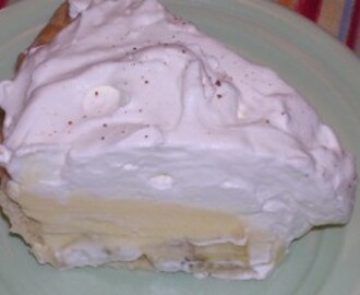 Layered Banana Cream Dream Pie