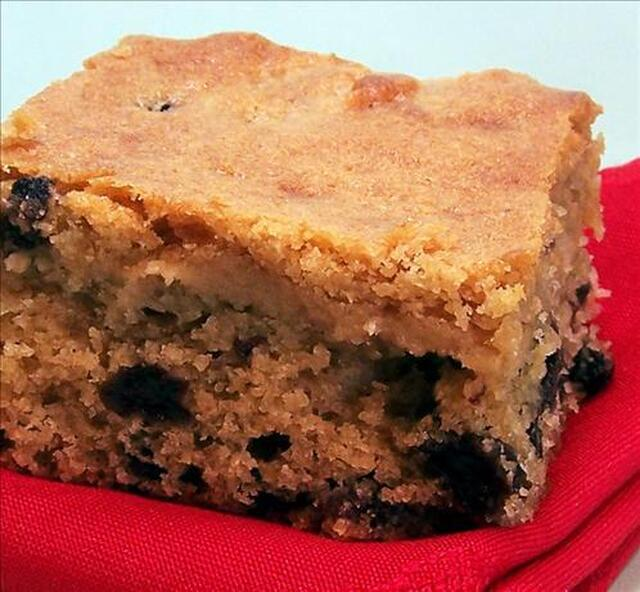Old Fashioned Boiled Sultana Cake