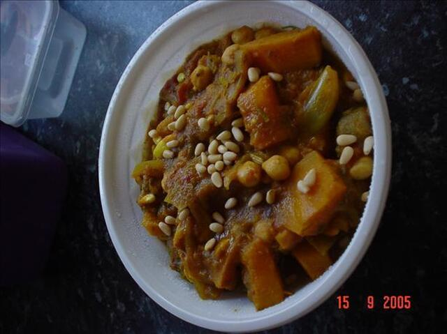 Pumpkin, Banana and Chickpea Curry