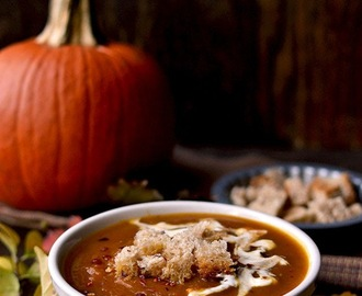 Sweet and Spicy Pumpkin Soup