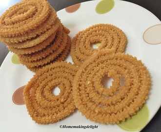 Maida Murukku Recipe – Indian festival Snack – Fritters