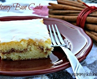 Honey Bun Cake {Carson's Favorite Cake}