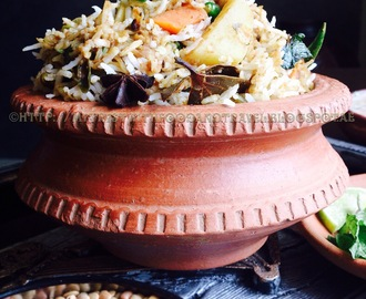 UlavaCharu / Horse Gram Vegetable Biryani ~ Happy Blog Hopversary