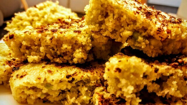 Oil Free Instant Oats and Green Peas Healthy Dhokla