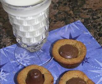 Really Yummy Miniature Chocolate Chip Cookie Cups