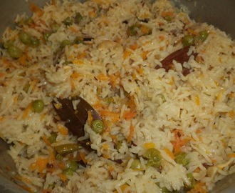 CARROT PULAV / CARROT RICE