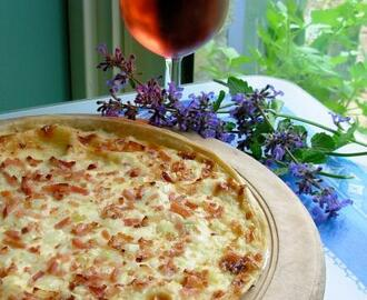 Cream Cheese, Onion & Bacon Tart (France Does Pizza!)