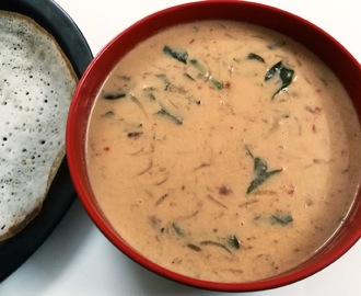 Thengai Paal Kuzhambu (Mashed Potatoes in Spicy Coconut Milk)