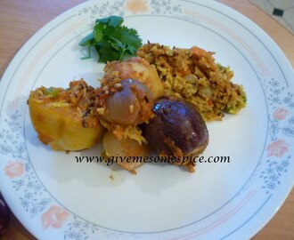 Mummyji's Biryani - Rice cooked with whole vegetables