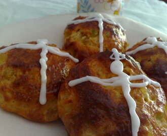 hot cross buns....o sea bollitos o brioche de la cruz