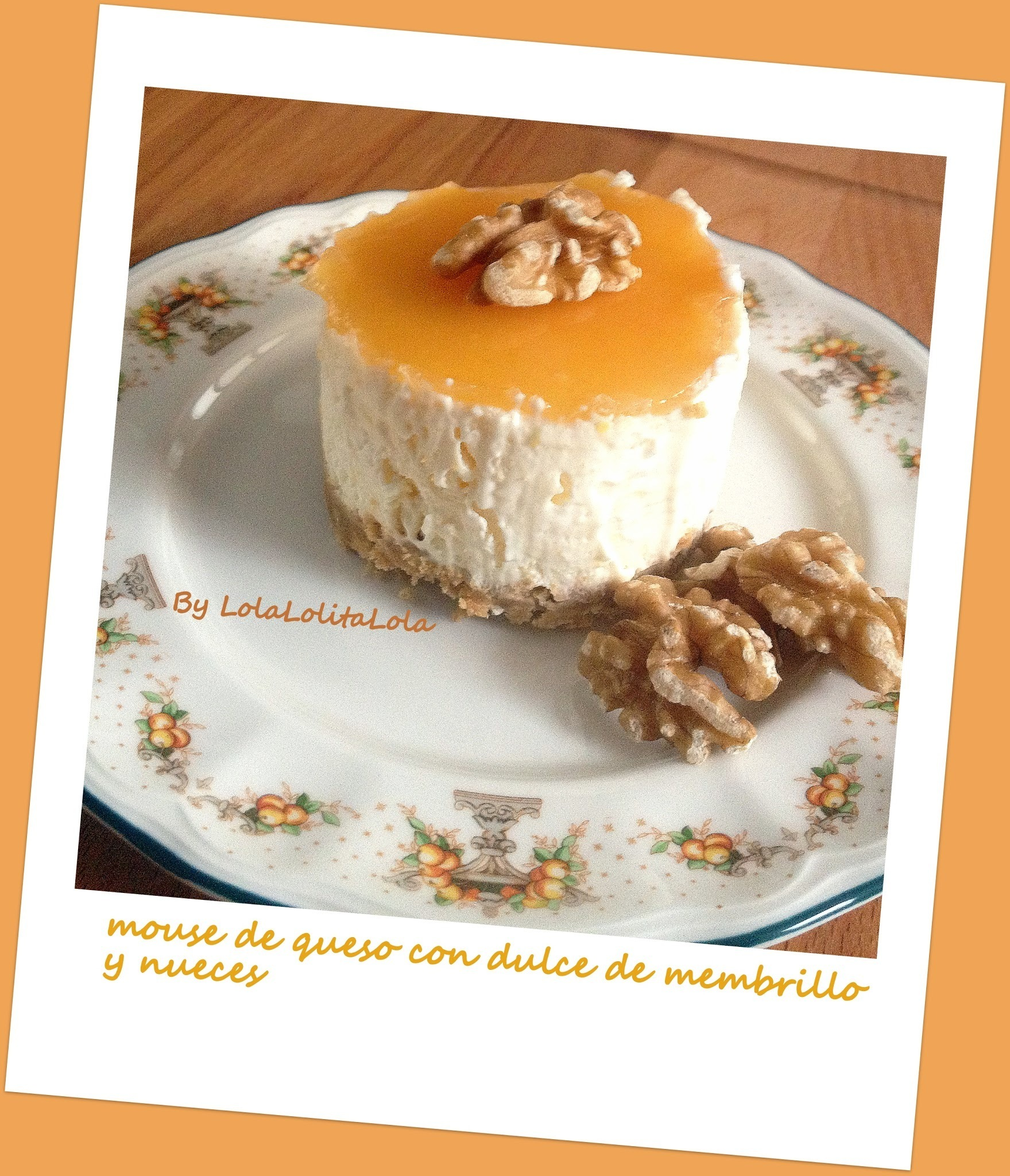 MOUSE DE QUESO CON DULCE DE MEMBRILLO Y NUECES