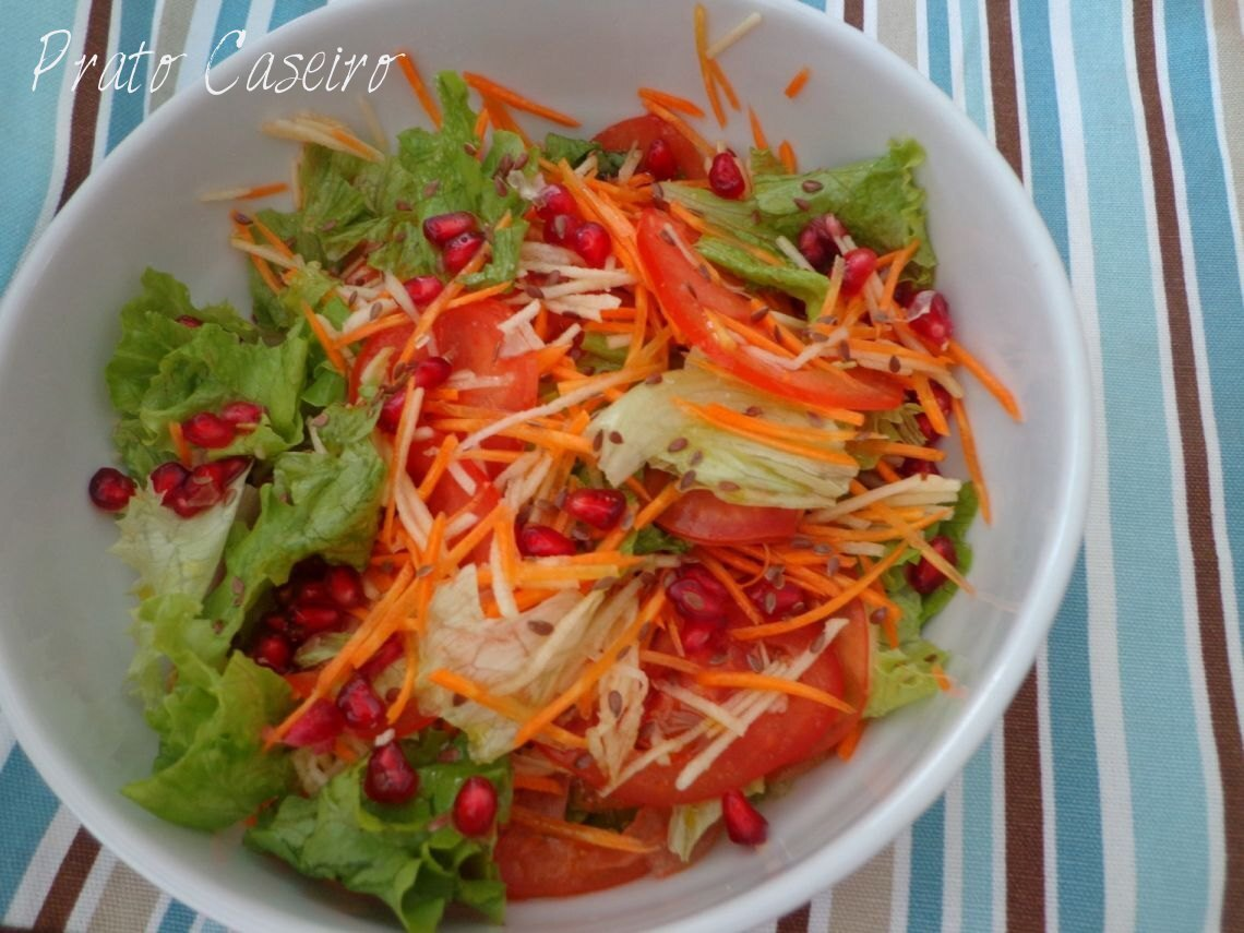 Salada mista colorida