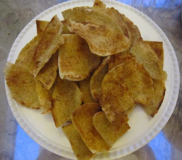 Perfectly Spiced Pita Chips for Lazy Mom's Hot Summer Supper!