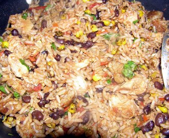 Paella Mexican Style! (One Pan Meal)