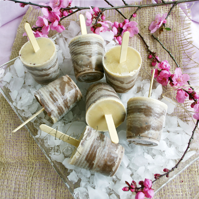 RED BEAN SWIRL ICE LOLLIES