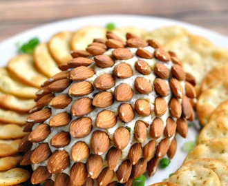 Bacon & Herb Pine Cone Cheeseball Recipe