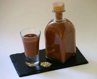 Licor de chocolate con Pimm´s y rosas