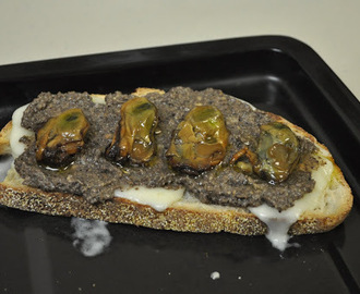 Mushroom Truffle Oil Pesto and Truffle Cheese Melts