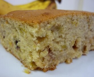 Lots-of-Ways Banana Cake
