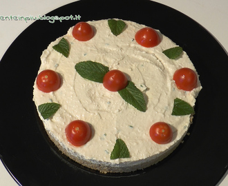 Vegan cheesecake salata