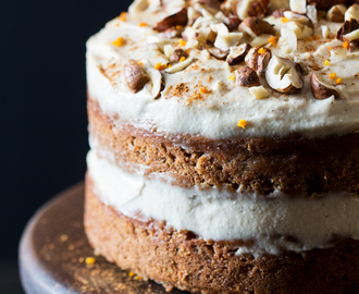 Vegan carrot cake with cashew frosting