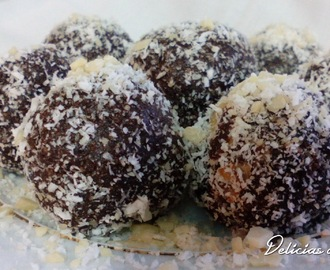 Trufas de amêndoa e coco - Truffle almonds and coconut