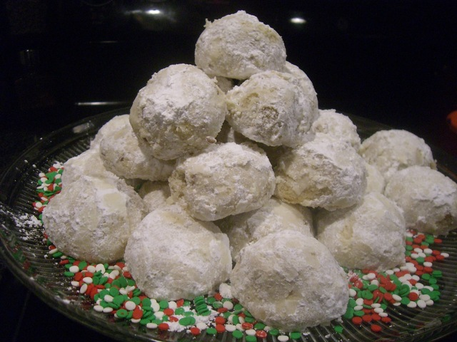 *Christmas Cookie Saturday two ~ Butterballs*