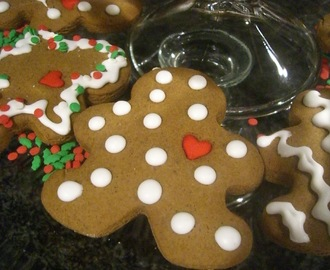 *Christmas Cookie Saturday one ~ Spicy Gingerbread Cookies*