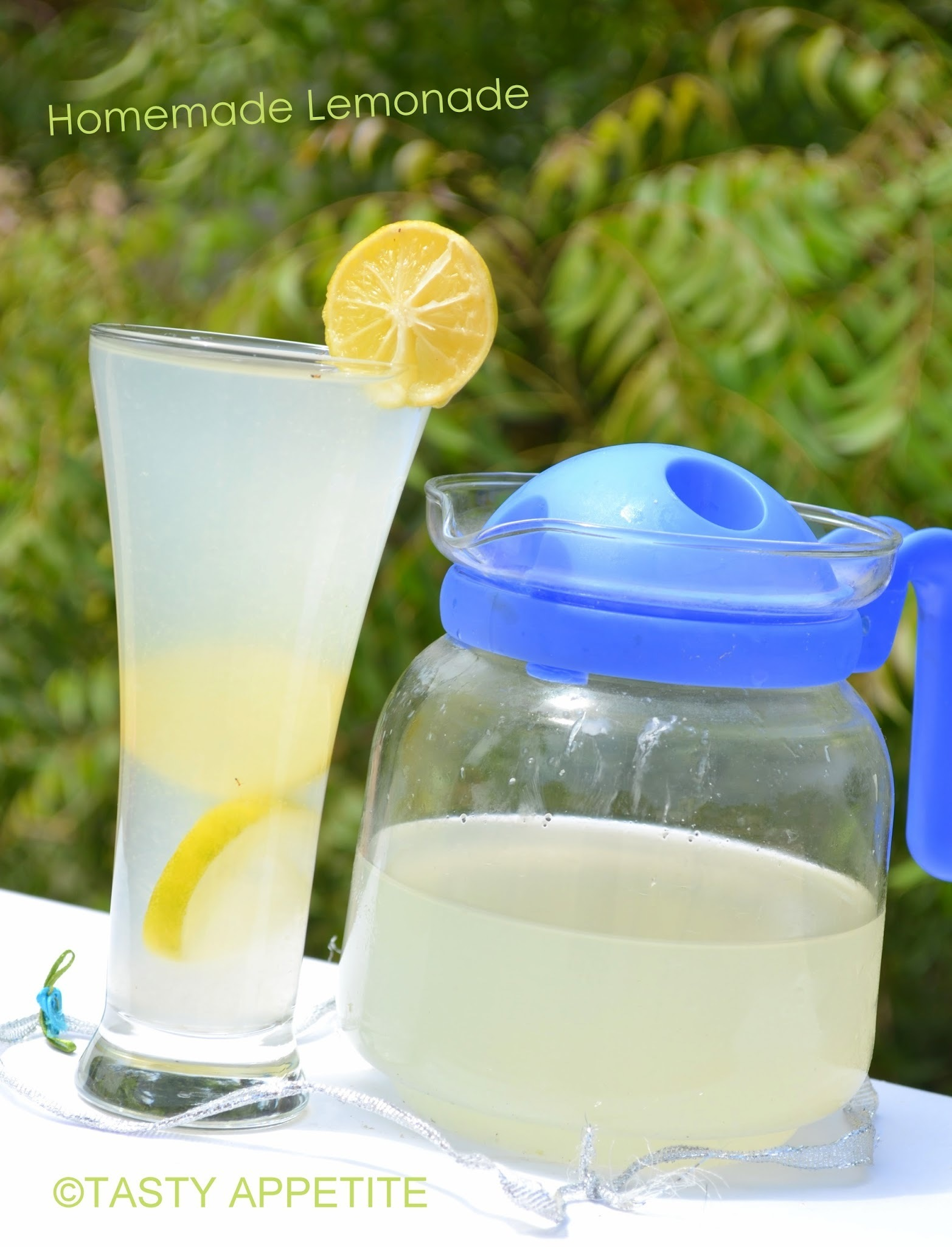 How to make Homemade Lemonade:
