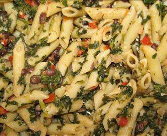 Penne With Cannellini Beans and Anchovies