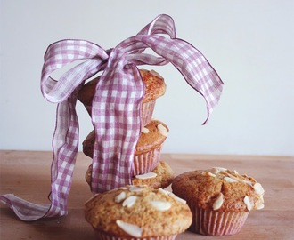 Muffins mel, amêndoa e canela/ honey, almonds and cinnamon muffins