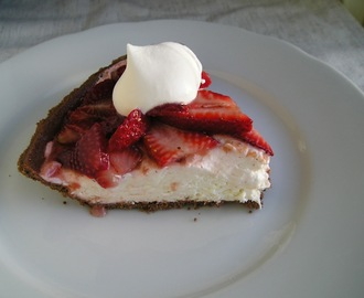 Improv Challenge: No Bake Fresh Strawberry Pie