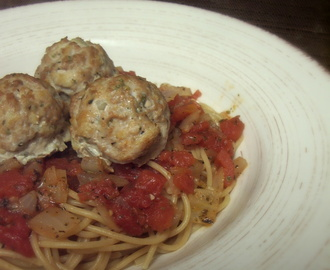 Spaghetti with Mozzarella-Stuffed Turkey Meatballs and Chunky Marinara {a Crazy Cooking Challenge}