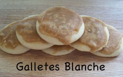 Galletes Blanche/ Caramel Fudge Frosted Cookies