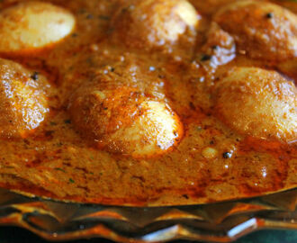 Chettinad Egg Curry (Chettinad Muttai Kuzhambu)